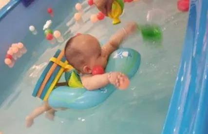 打卡婴幼儿游泳馆,冬天再也不愁没地方去了
