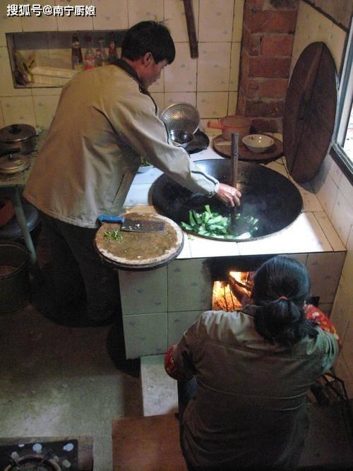 本来做菜的时候,这三种菜不能放蚝油,不能刷新菜色,毁了一锅菜