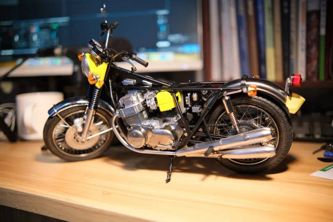 有点时代味道的田宫本田摩托——CB705,惊艳了!