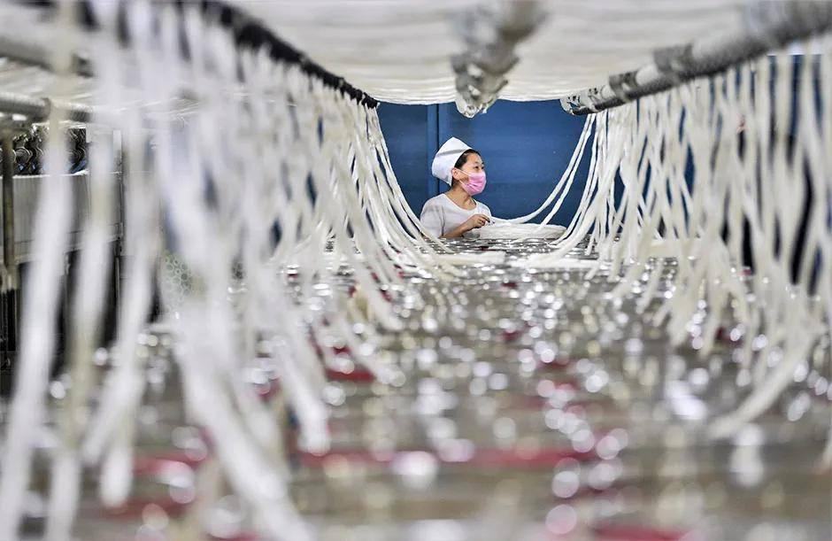 """纺织业外贸回暖的""""烦恼"""":忙得不可开交,但最后钱没赚到"""
