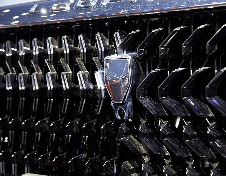 是国内最帅的SUV,比哈弗H6还高,1.6T发动机,轿跑车身