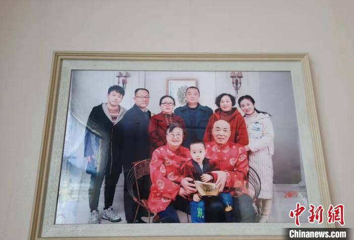 山西长治:婚后2年丈夫去世 女子患癌后婆家花费十几万救治