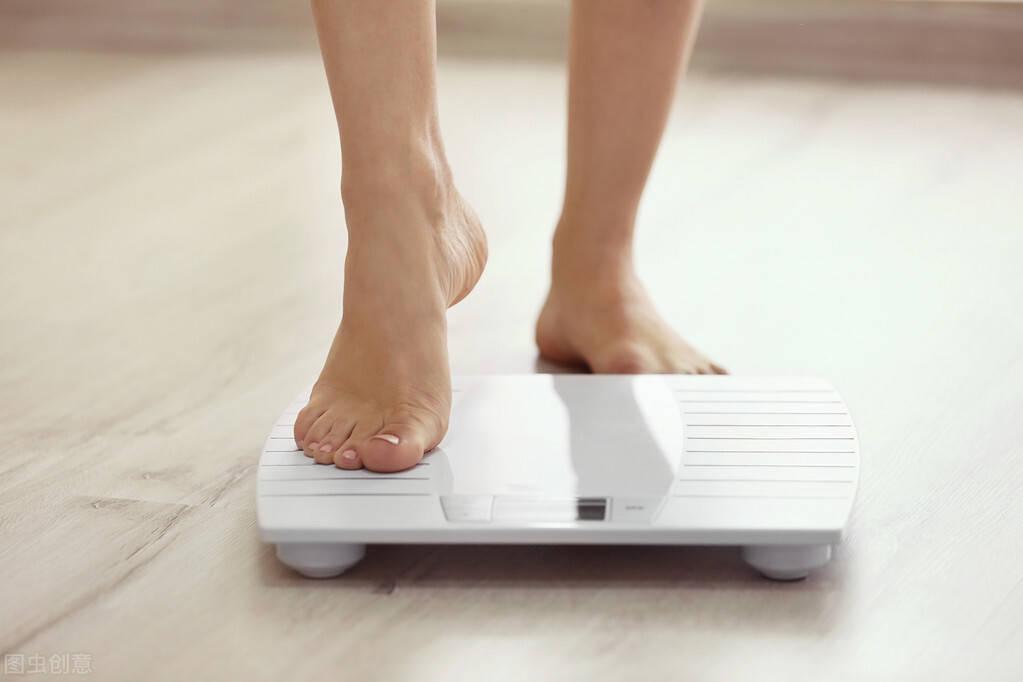 减肥瓶颈期怎么办?尝试3个方法,突破平台期,让你持续瘦下来!