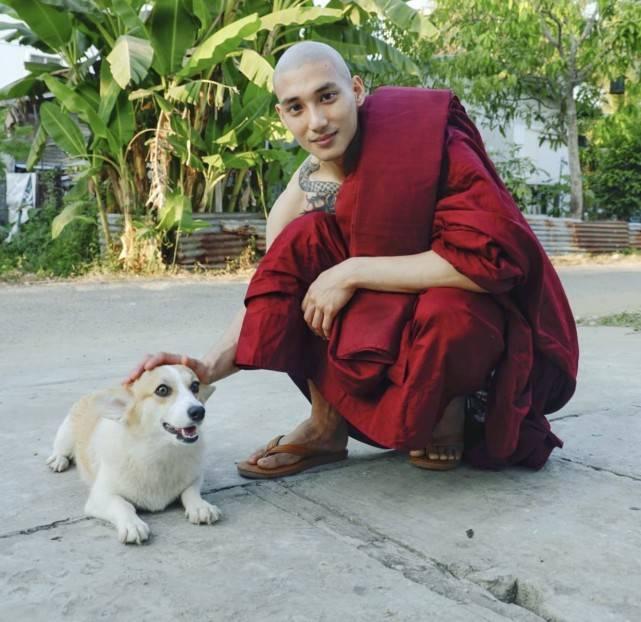 缅甸和尚成网红,一张照片便走红网络,其实还是位