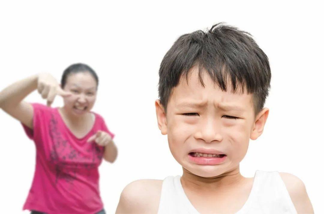 孩子犯錯第一反應是瞞著家長,因為你忽視了一個很重要的問題