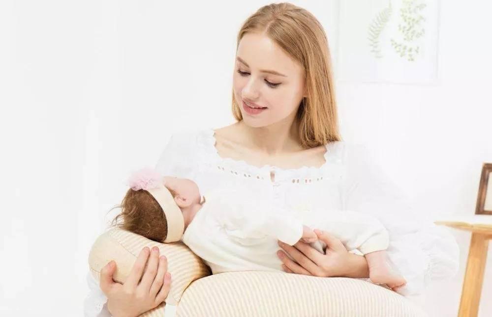 """哺乳期过了这个阶段,母乳就会变""""毒奶"""",这些危害很少有人关注"""