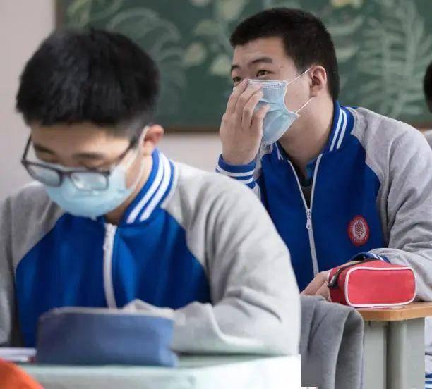 疫情防控丨常态化防控下何时应该戴口罩?北京疾控指引来了