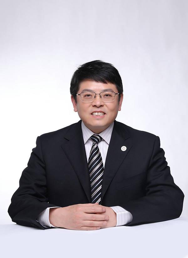 董志勇:中国经济不宜强刺激扩张,财政短期困难但基本盘稳定