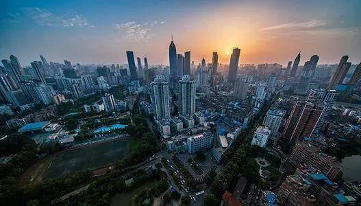 【研院观察】韩永辉:广东房地产市场逐步恢复对经济发展的影响