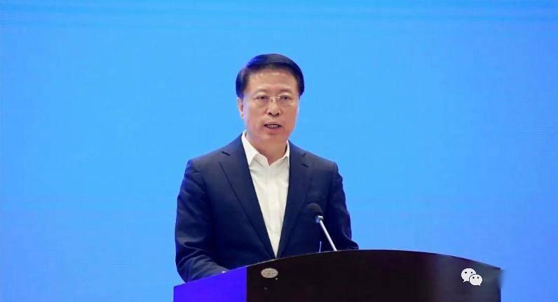 淄博市委书记姜敦涛总结了最新的十字讲话:传统产业是淄博经济发展的基石和优势