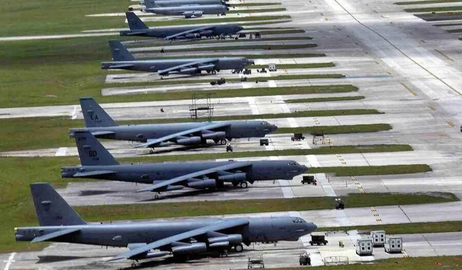 美军关岛基地一名空军人员离奇死亡当地曾接收上千新冠感染舰员
