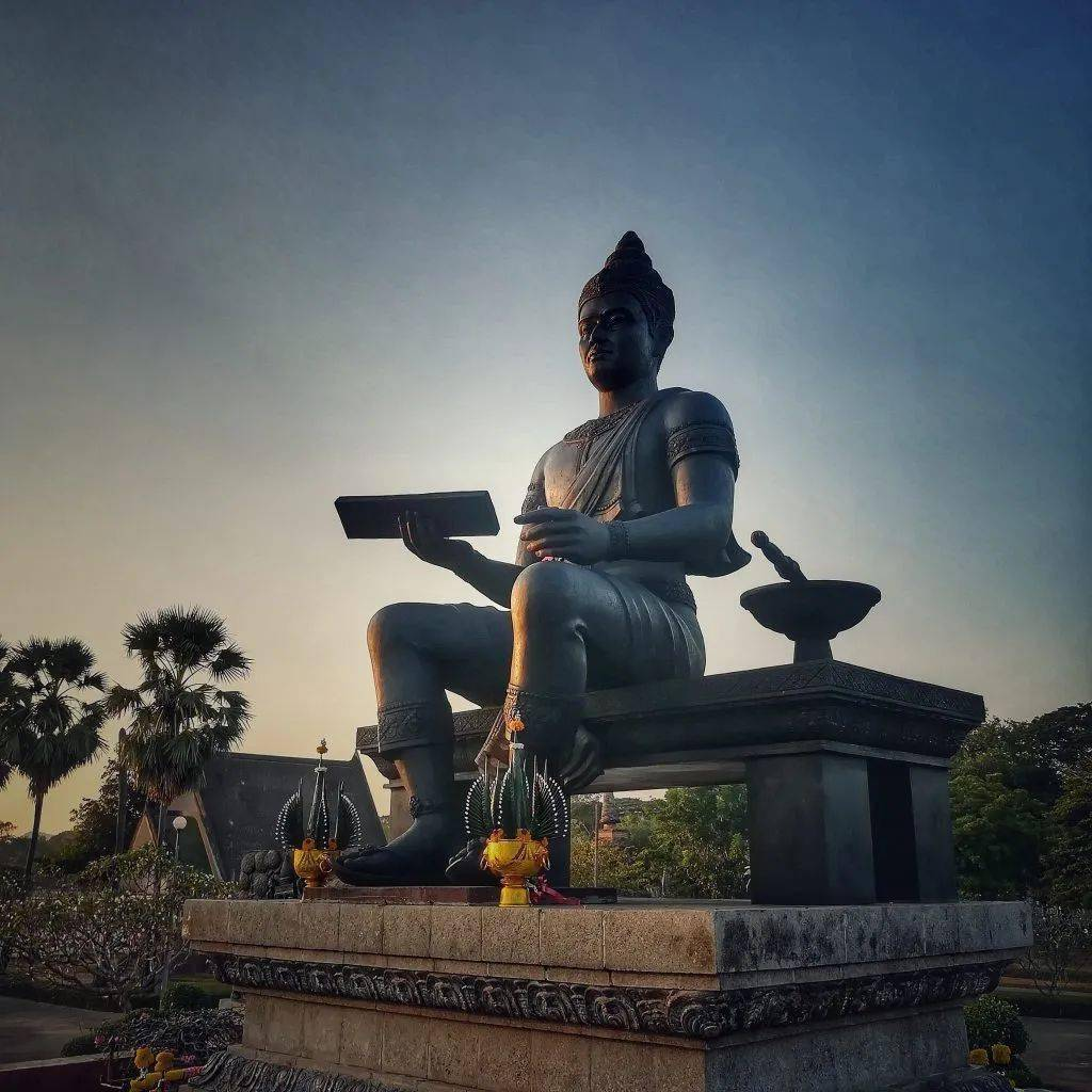 泰国民间故事⑸——伟大的兰甘亨王