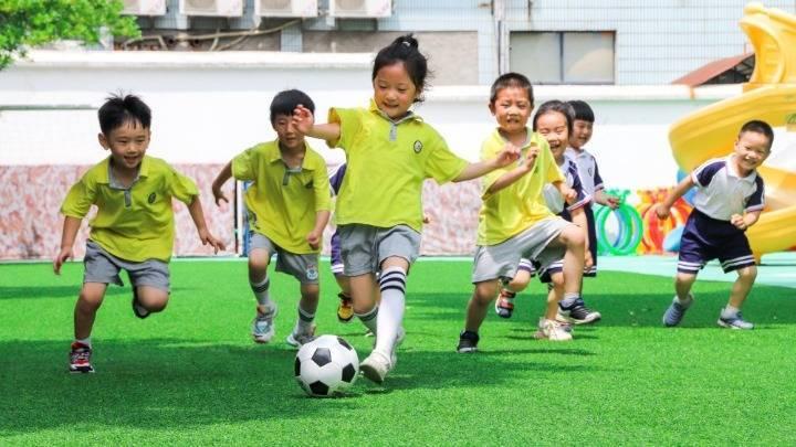 浙江长兴:乐享足球 跃动校园