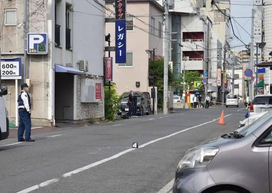 为什么日本黑帮60岁了还在大街上打打杀杀?