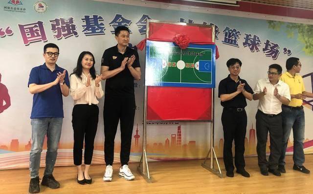 独臂篮球少年张家城也分享了自己的篮球梦与发