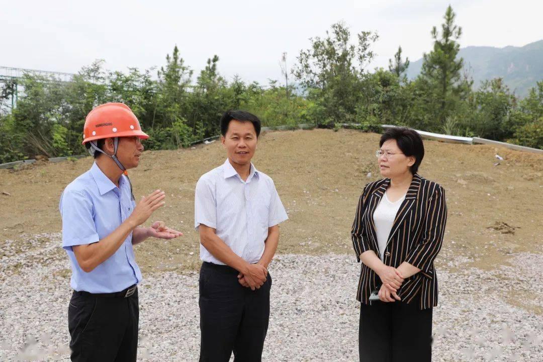 【时政要闻】市人大常委会副主任总工会主席周美祥到我县调研