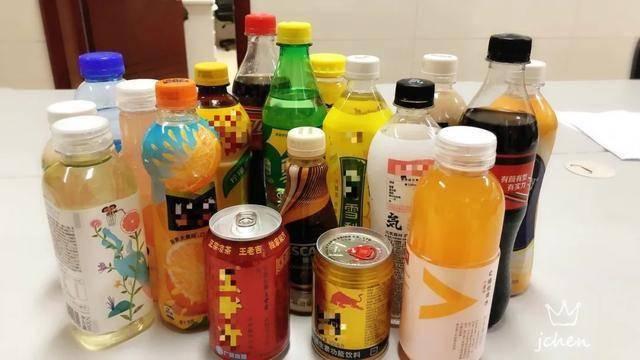 一瓶等于15块方糖!18款网红饮料测评含糖量最高的竟然是ta!