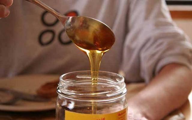 早起第一杯水喝什么?不是淡盐水和蜂蜜水,应该喝的很多人不喜欢 减脂食谱 第3张
