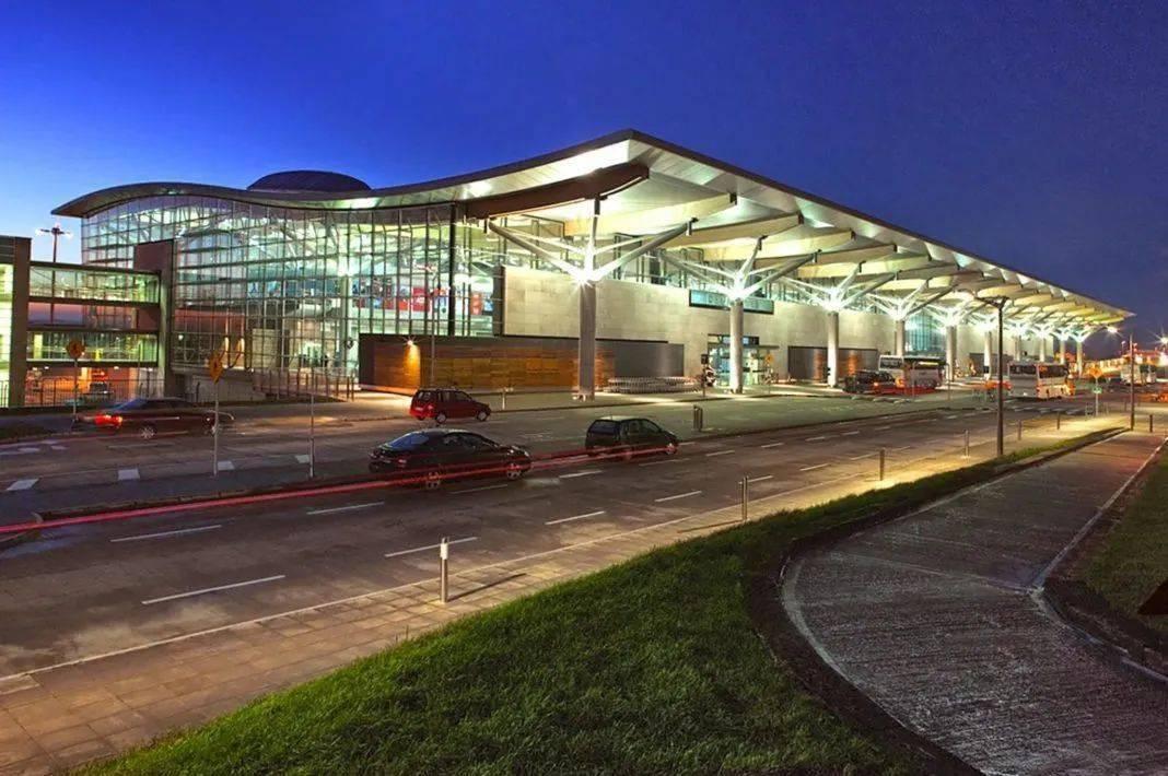 科克机场开放客运,多家欧洲航空公司恢复运行