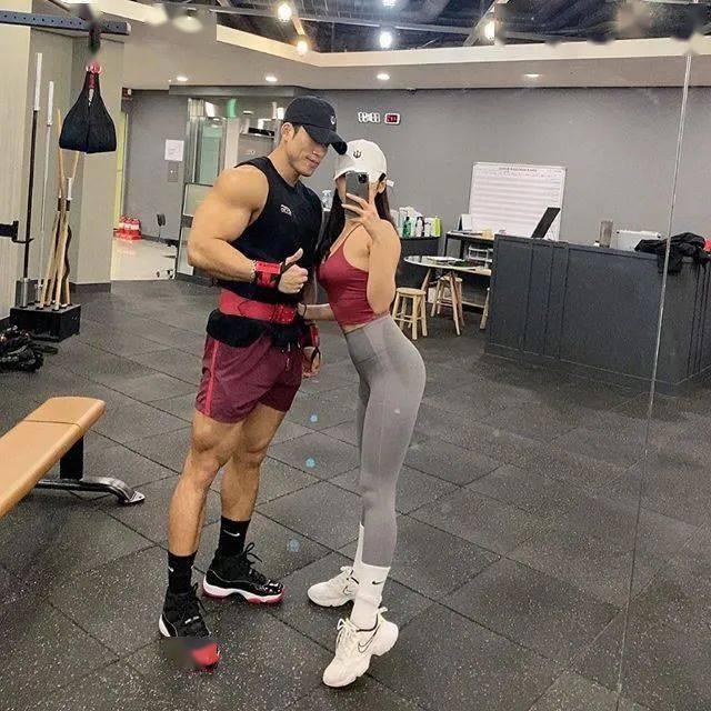 找个有肌肉的男朋友后,有多爽? 锻炼方法 第3张