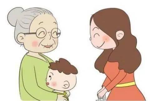 爷爷为孙女第一次尝试绑头发