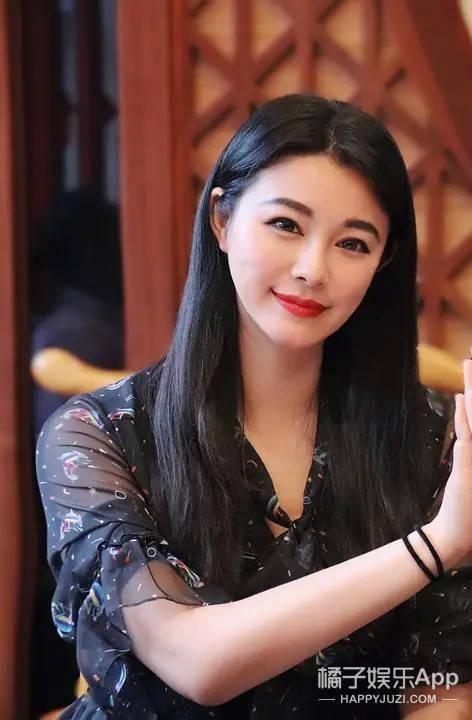 """90后童年女神""""换脸""""难认?黄晓明何润东曾为其搭戏,如今""""糊""""成素人"""