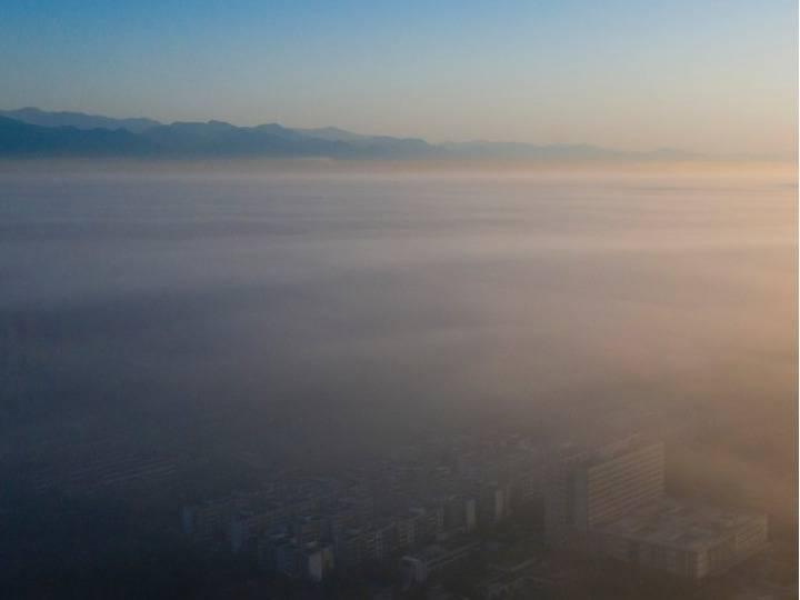 四川什邡:云雾景观 宛若仙境