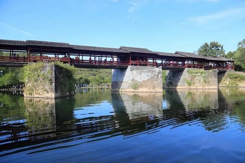 寻找婺源彩虹桥:八百年古桥面被洪水冲毁,大象般重的大梁已找到