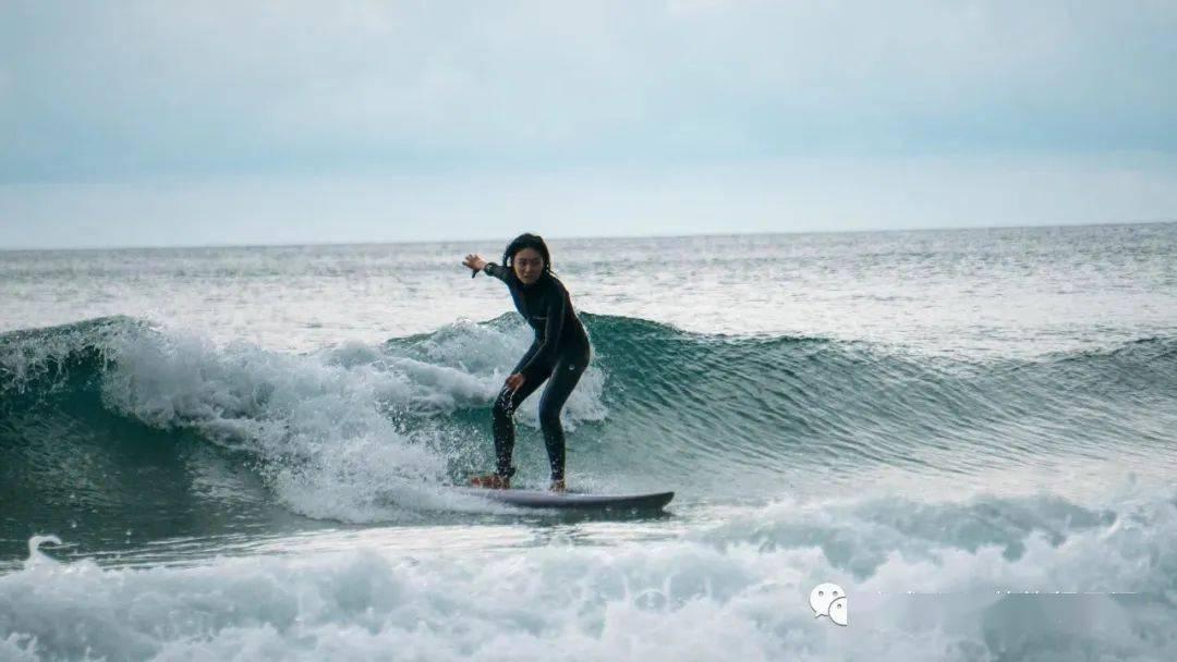 海南万宁冲浪招募|奔向大海浪起来