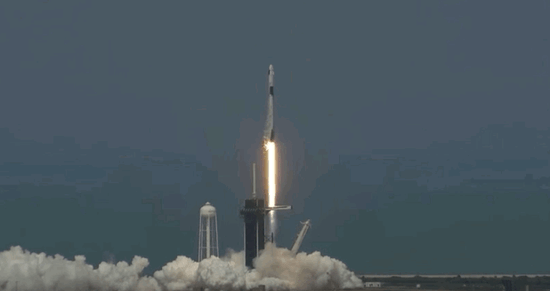SpaceX载人龙飞船预计8月2日返回地球 需6