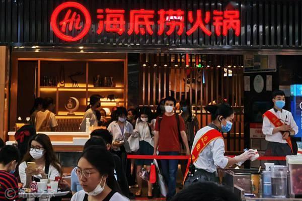 海底捞回应门店筷子检出大肠菌群 海底捞屡屡出现食品安全问题?