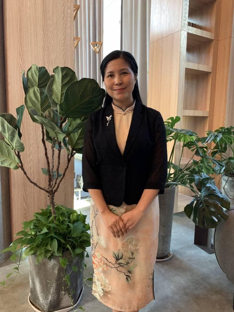 广州好人陈丽萍创办志愿部落, 300名大学生当正能量传播官