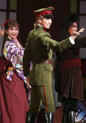 日本宝冢歌剧团4人确诊公演紧急中止