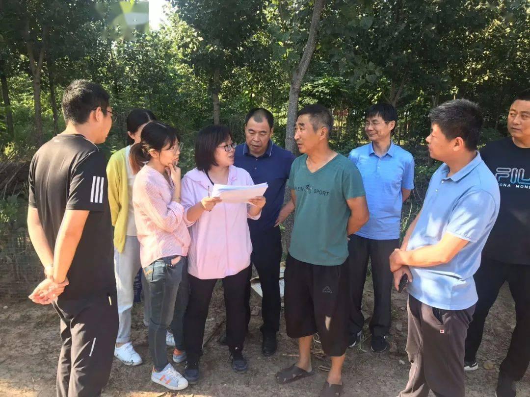 潍坊市观察队来我市观察畜牧业统计情况。