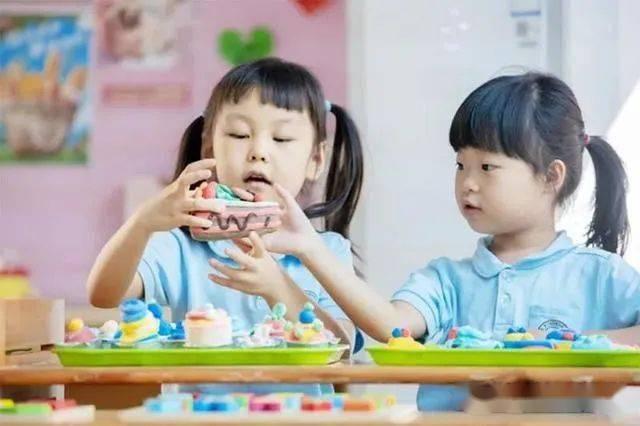 有一种幸福叫 开学啦 北京30余家红黄蓝幼儿园今日开学