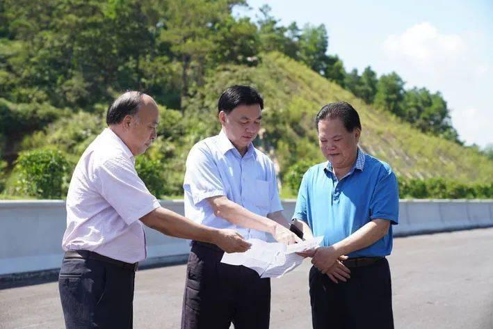 云茂高速罗定段建设稳步推进,确保在2021年元旦前顺利开通