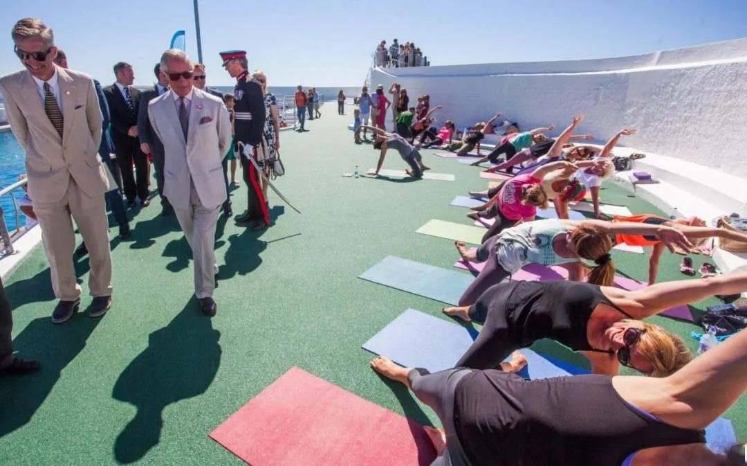 查尔斯王子:瑜伽改变了我的生活 | 瑜伽科普_人们