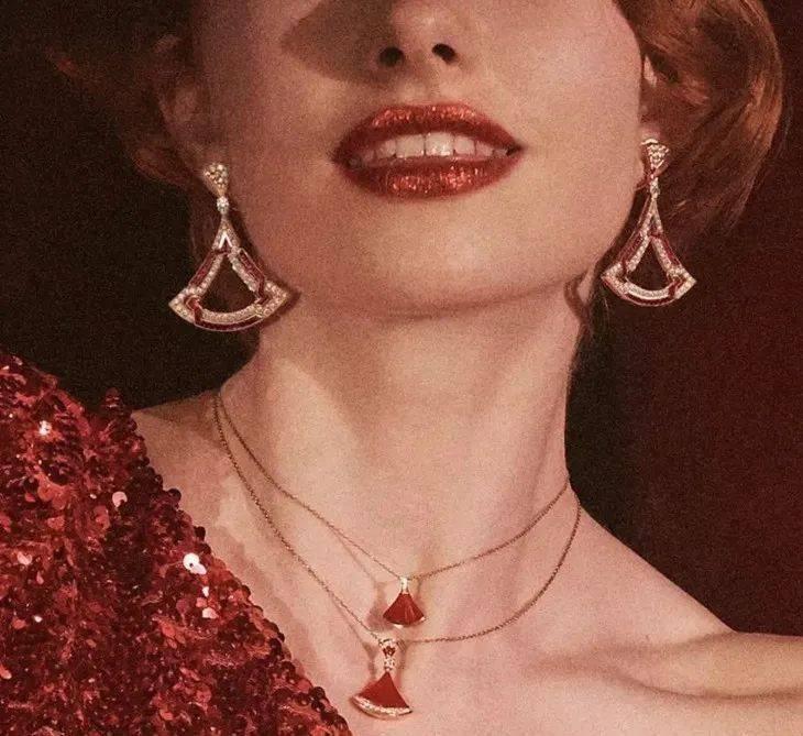 入门级大牌珠宝,娜娜和万茜这款放大招了