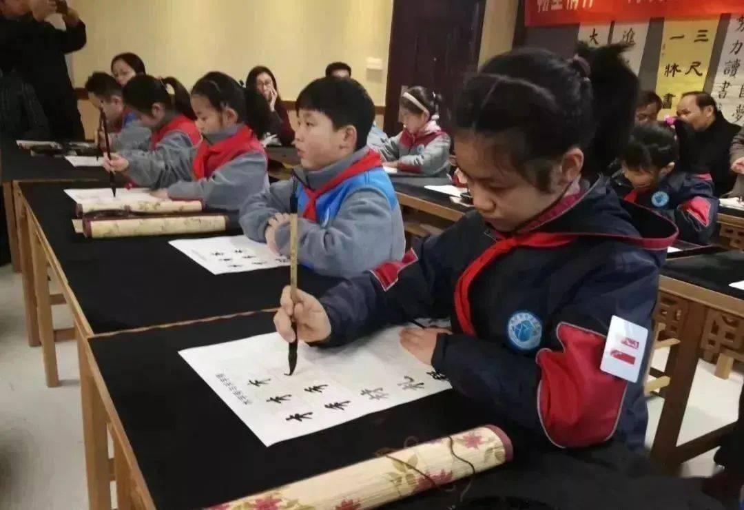 孩子练书法和不练书法的区别