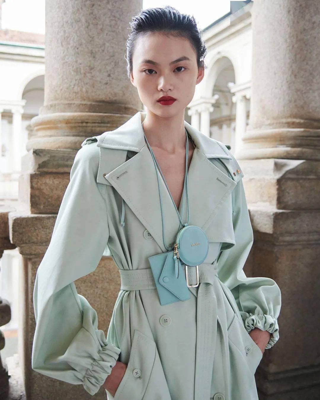 2021春夏时装周 复苏文艺复兴美学,max mara 结合都会与复古的女力精神