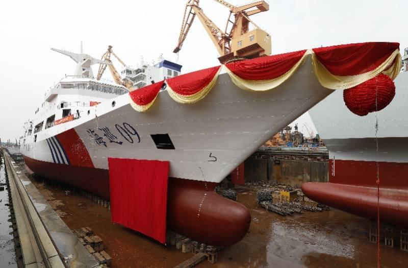 萬噸級!我國最大海上執法公務船在廣州出塢