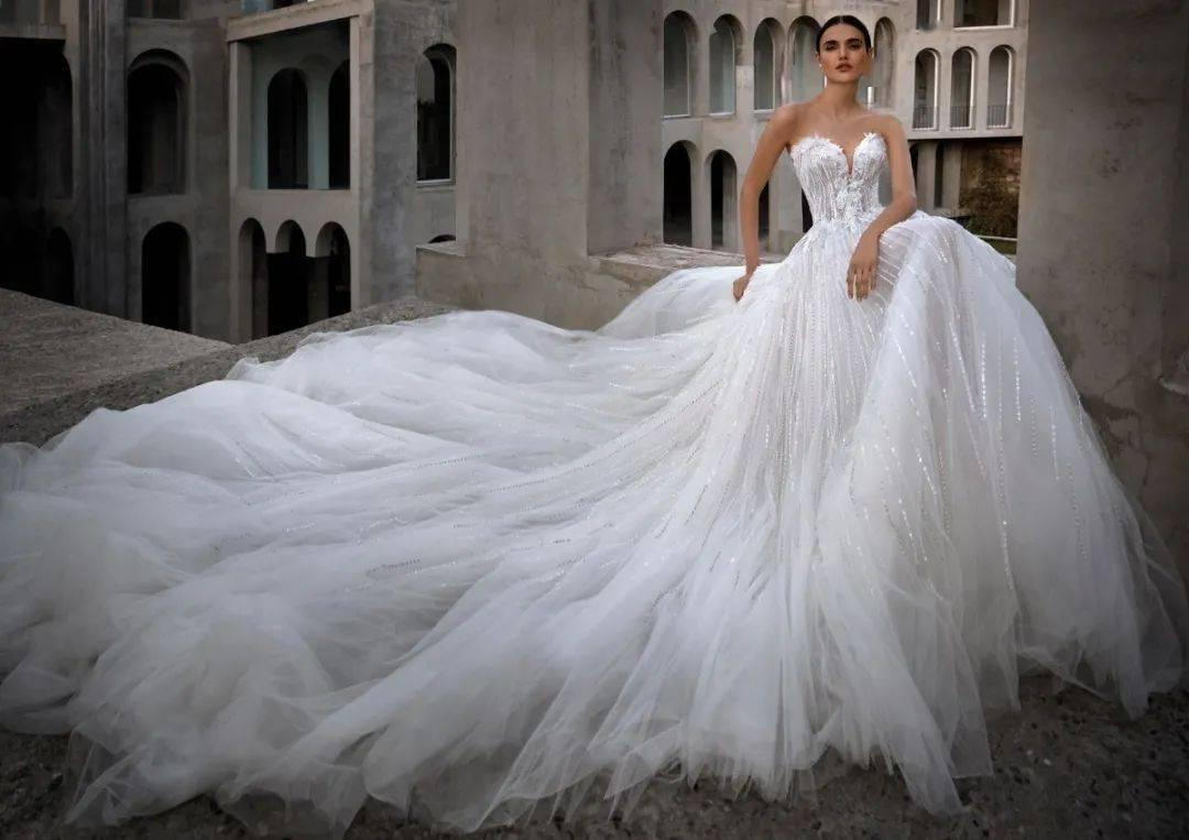 全球婚纱_全球最美的十款婚纱