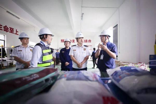 荆门支队主官带队开展国庆中秋节前消防安全检查