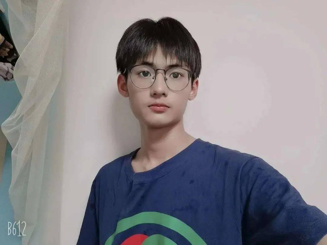 广州校园男神 评选第一组:有你学校的男生吗?