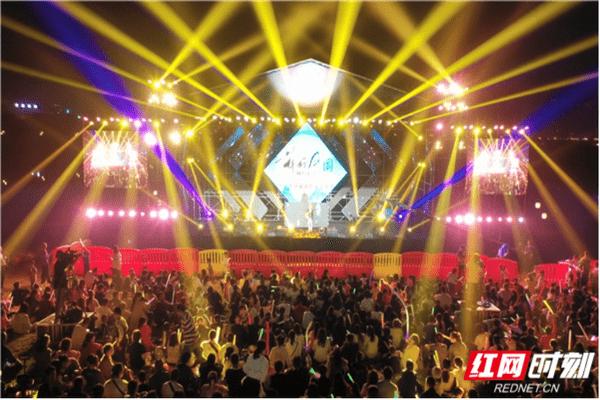 泡温泉听民谣2020灰汤温泉民俗音乐节举行