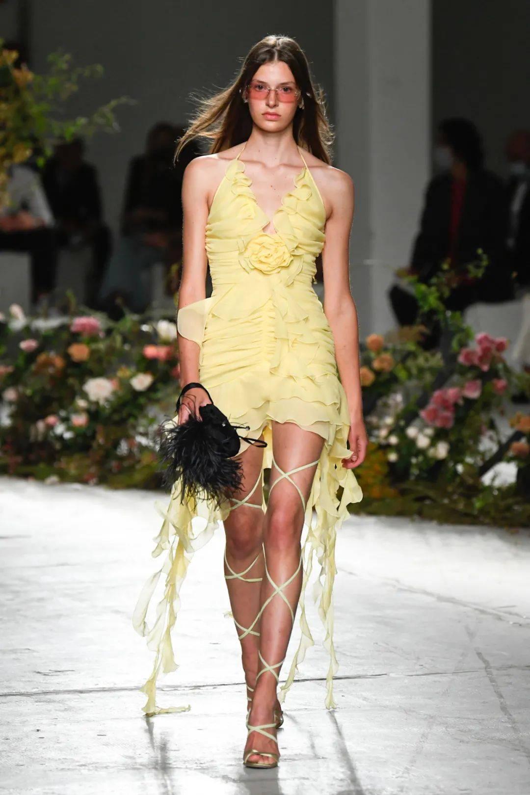 2021米兰春夏时装周,美丽的事物带来新的希望 上