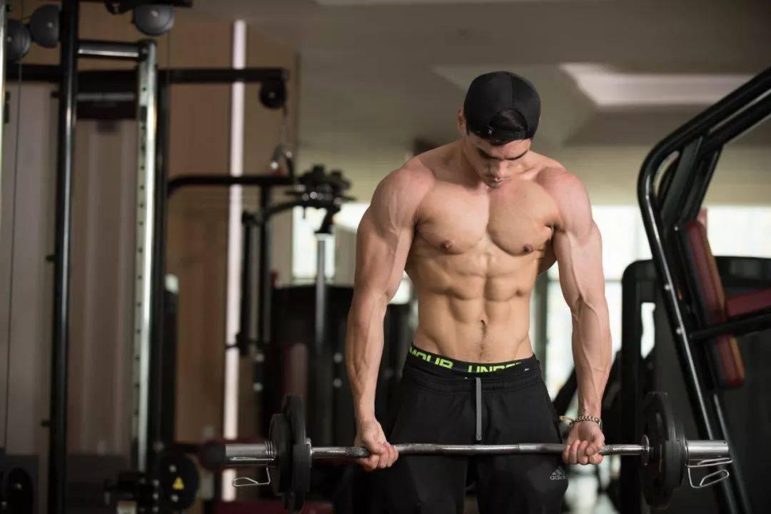 健身大神才能做到的十个动作,敢来挑战吗?