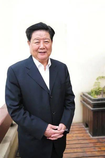 """专访深圳原市长李子彬,谈深圳的""""二次创业"""""""