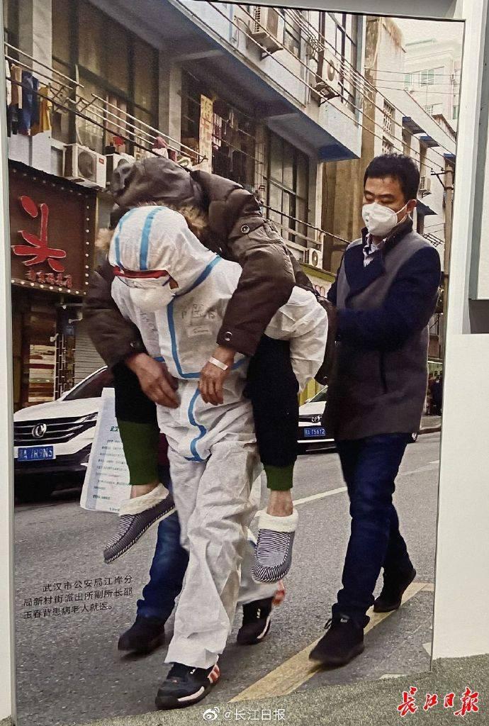 抗击新冠肺炎疫情专题展览今日开展,每件展品都在讲述国家的力量人民的坚强