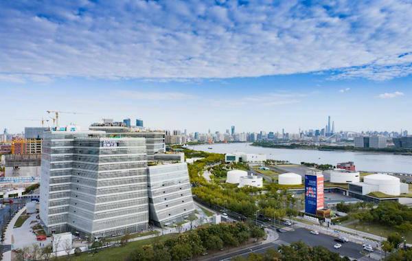 """上海新地标""""西岸艺岛""""启用:九万多平方聚合""""艺术生态"""""""